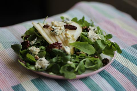 'Blue cheese and pearsalad' header image
